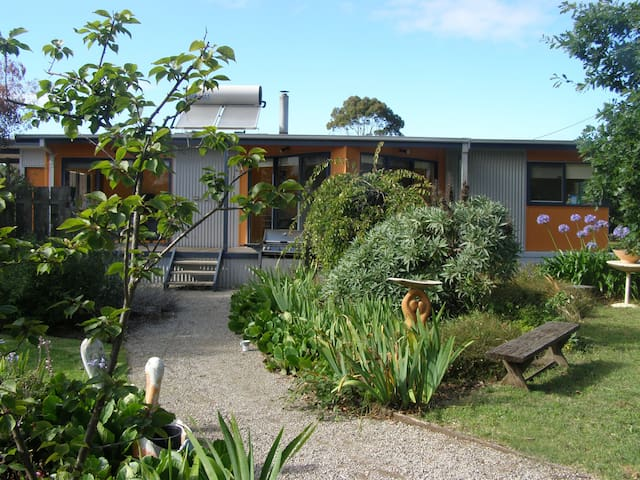 Foottloose Beach House Portarlingto - Portarlington - Hus