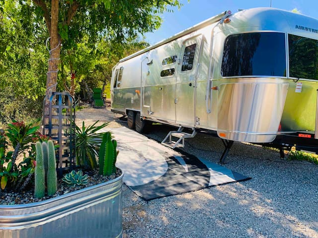 New Airstream stay @ Serenity Cove in Wine Country