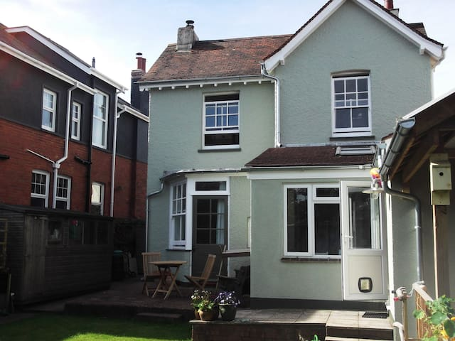 Cosy double room with easy parking - Exmouth - Hus