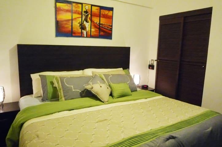 Villa Amelie w/pool - Granada - Apartamento