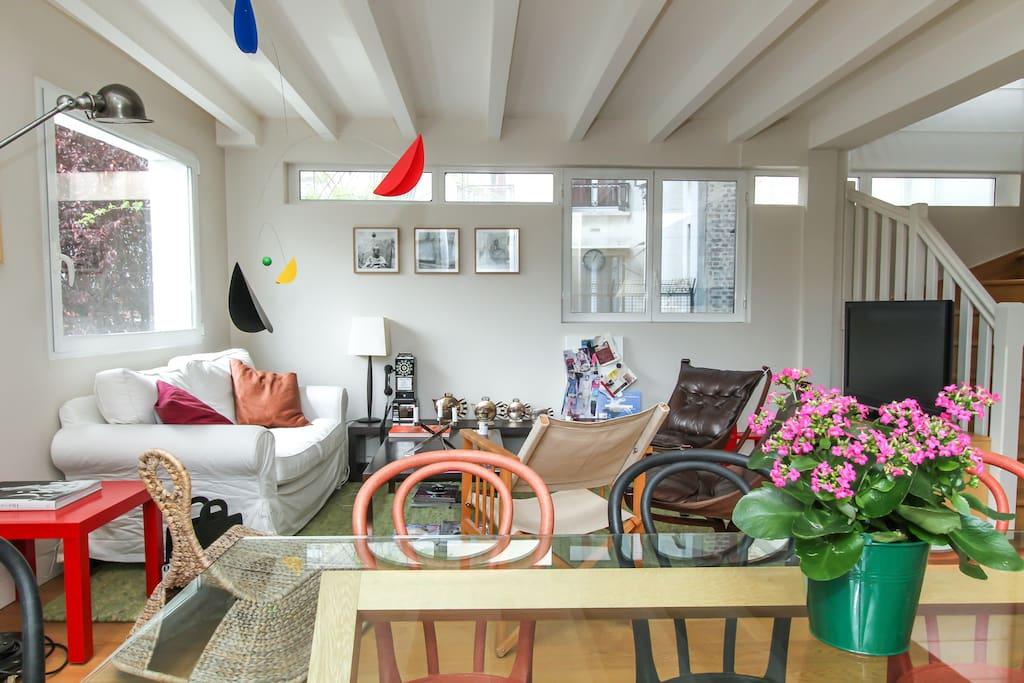 atelier d 39 artiste charme et design appartements louer paris le de france france. Black Bedroom Furniture Sets. Home Design Ideas