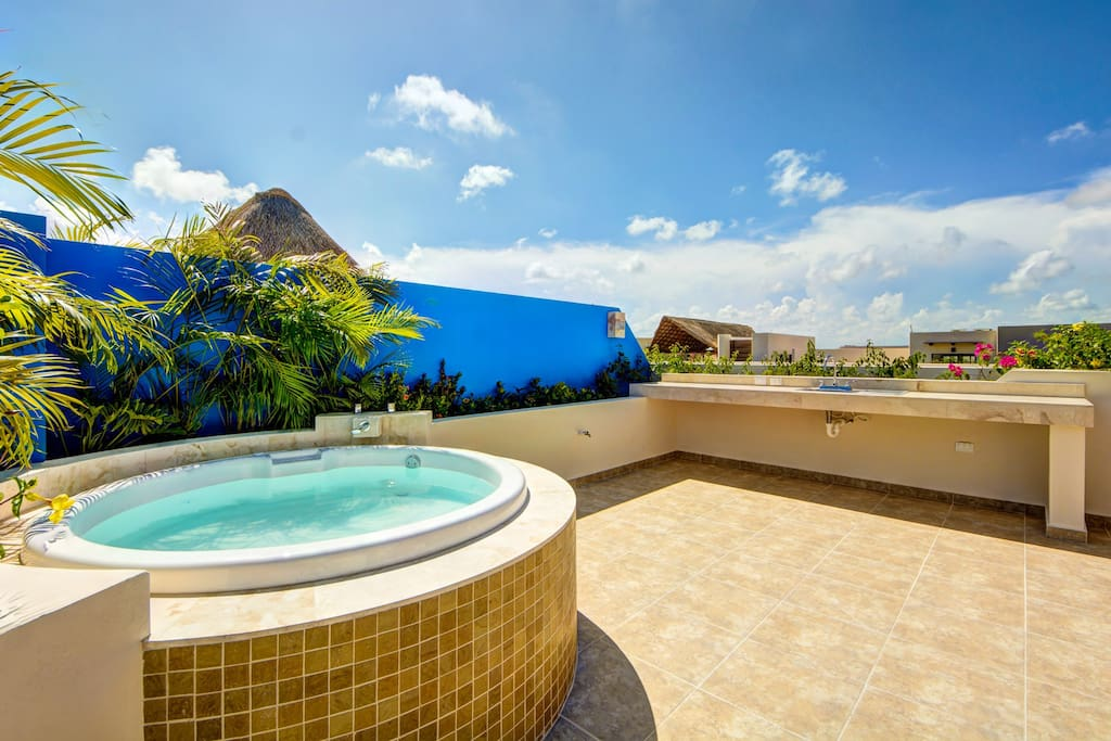 You'll probably have great moments at the jacuzzi