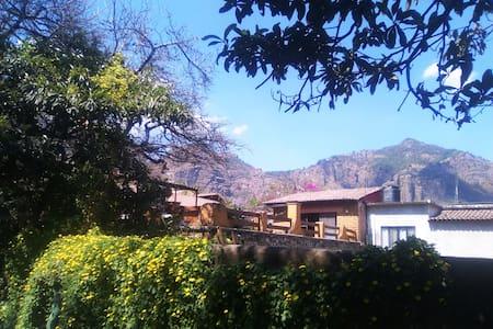 Flying + Inspiration Home! - Tepoztlán - House
