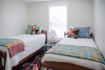 Twin Bed Room in Guest House