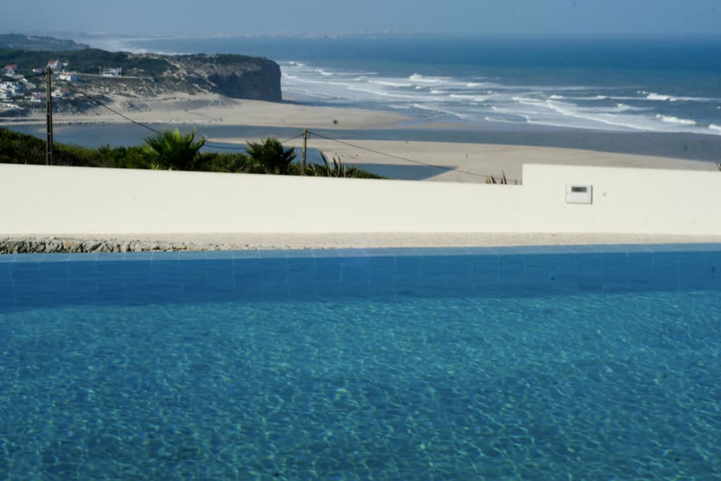 INFINITY POOL WITH ENDLESS VIEWS OF THE ATLANTIC