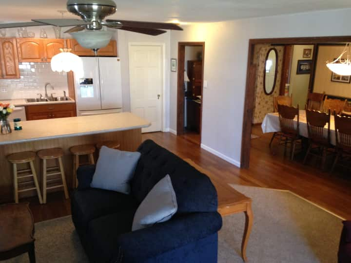 Notre Dame rental home for Games and Graduations