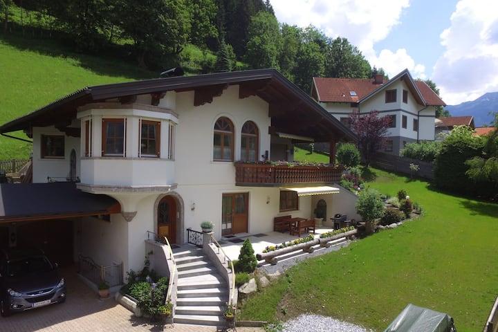 Luxurious Apartment in Bad Hofgastein with Sauna