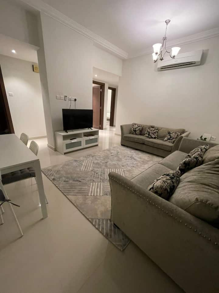 clean and comfortable apartment near SQU