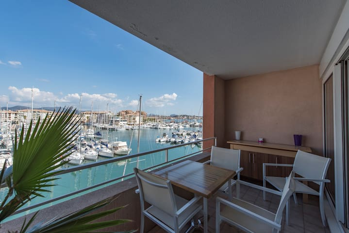 stunning sea view,directly beach,long stays,wifi - Fréjus - Wohnung