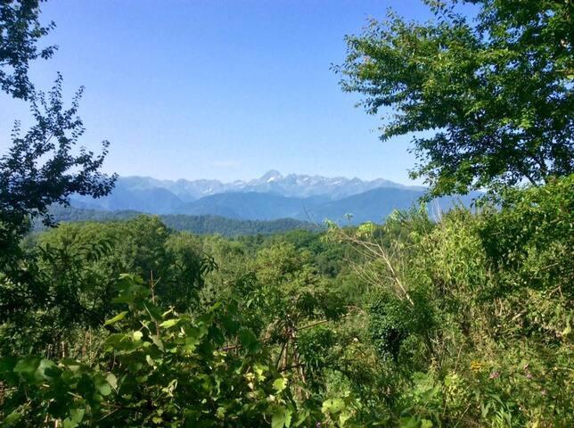 Chambres indépendantes au calme en montagne