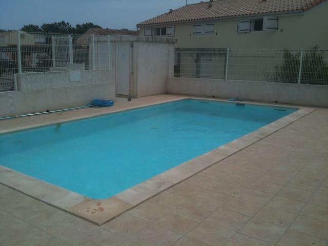 Loue maisonnette à 100m de la plage - Marseillan
