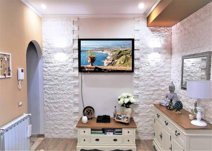 Casa Le Maioliche a Giardini Naxos
