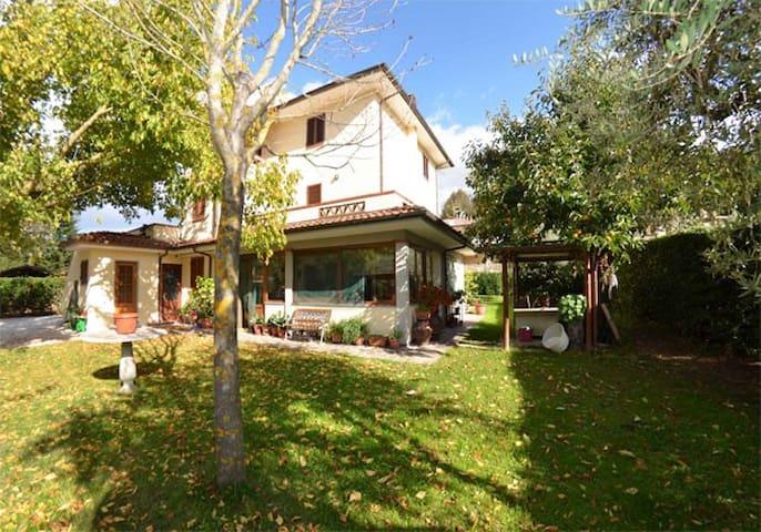 LA FONTANELLA ACERO - Nocchi ( Camaiore) - Lägenhet