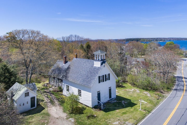 Renovated Historic Schoolhouse and Cottage