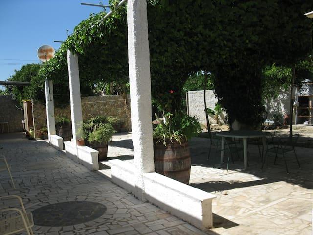 Casas de Campo/Praia com piscina.