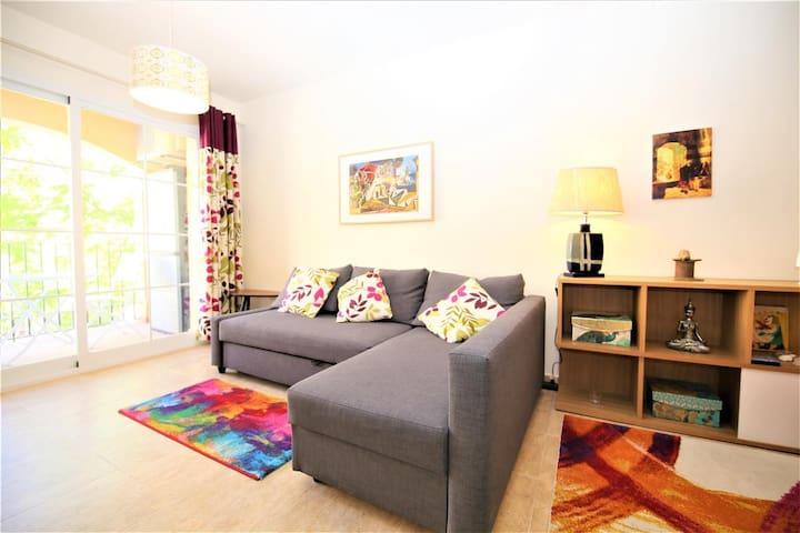 Estepona Centre Modern Apartment DORAMAR