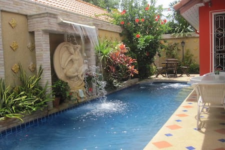 Villa Eden - Beautiful private pool villa Pattaya - 芭達雅 - 獨棟