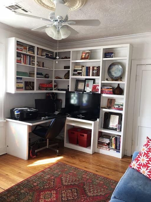 Den - workspace with TV