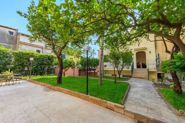 "Villa Valverde Apartment, ""La Zagara"""