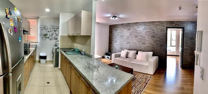 Suite Ejecutiva - Dpto.  Ultra moderno en Quito