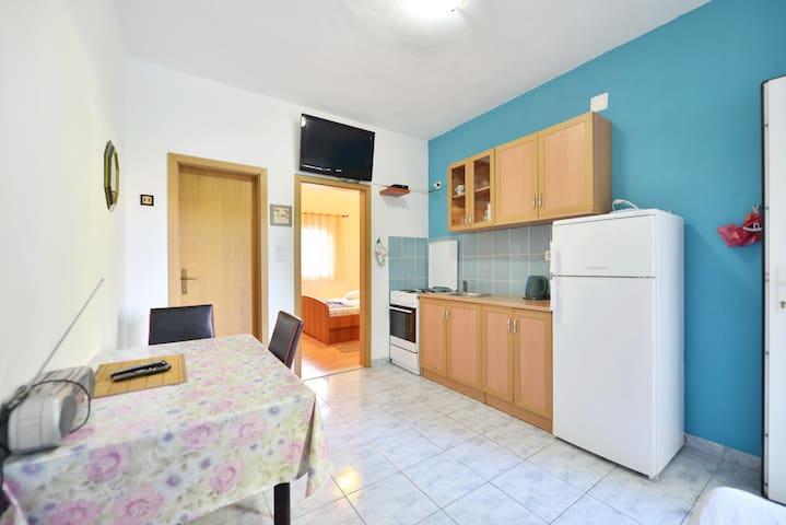 Apartments Plaza A1 - Ivan Dolac - Wohnung