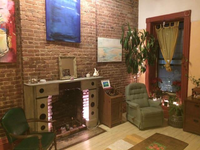 Private Room in Prime Brooklyn Spot