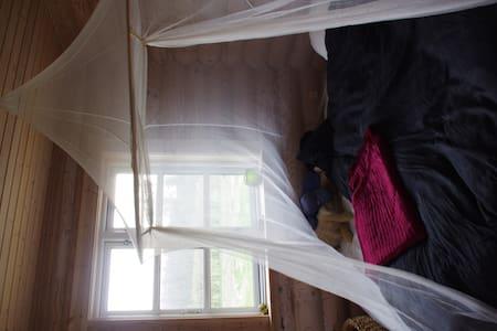 Dejlige værelser i bjælkehus - Slagelse