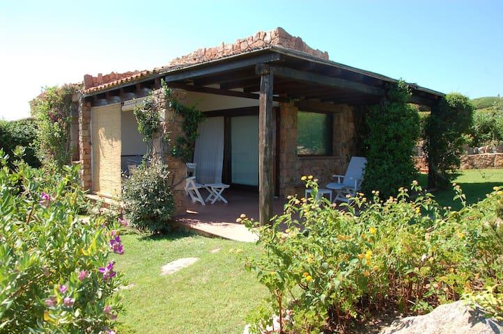 Delightfull villa Tavolara - Punta Molara, San Teodoro (OT) - Hus