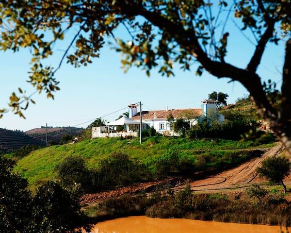 "Quinta ""Sitio do Zebro"" - Silves - Houten huisje"