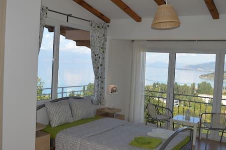 Villa Chingo - Ohrid - Inap sarapan