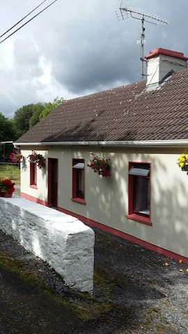 Castlefore Cottage - Carrick-On-Shannon - Casa de hóspedes