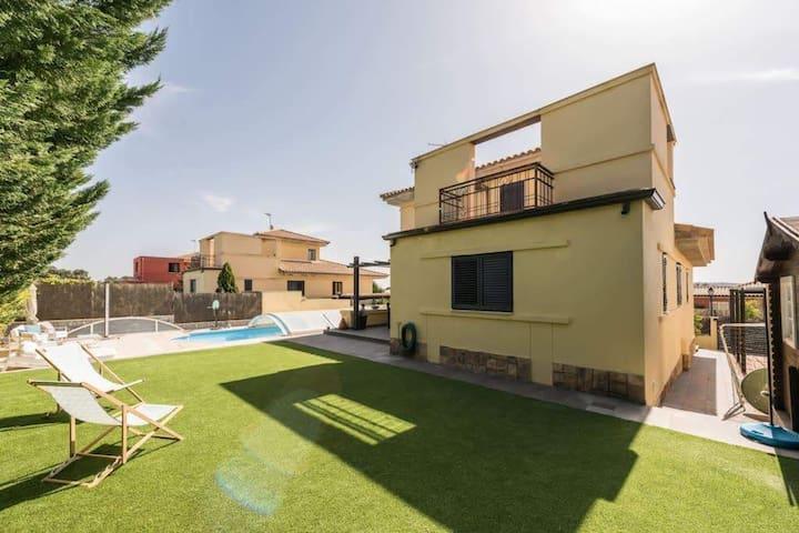 Private pool Villa Colmenarejo