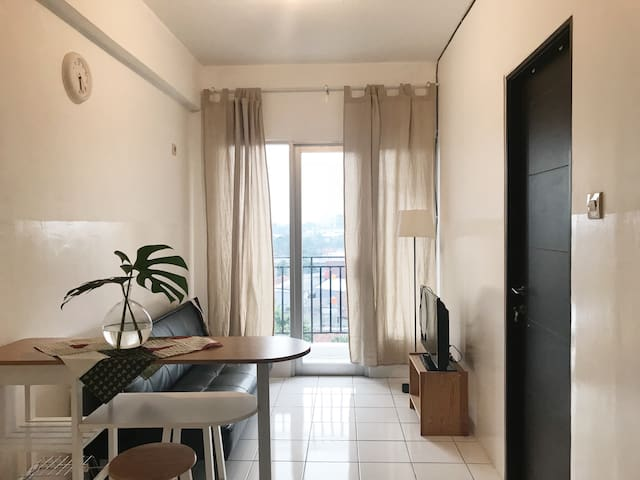 simple 1 BR apartment skyview BSD