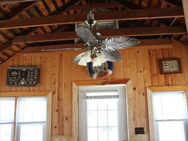 Beach Bungalow 3 Blocks from Ocean - Manasquan - Σπίτι