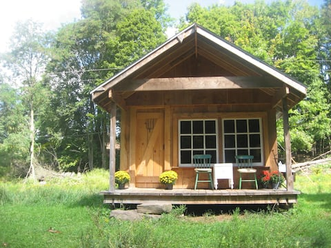 Farm Stay in Catskills FarmHand Cabin