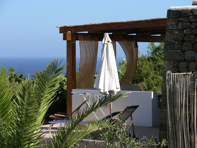 Dammuso Pantelleria Vista Mare Quiete e Tramonti - Pantelleria