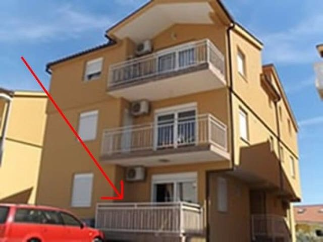 Two Bedroom Apartment, 250m from city center, seaside in Rogoznica, Balcony