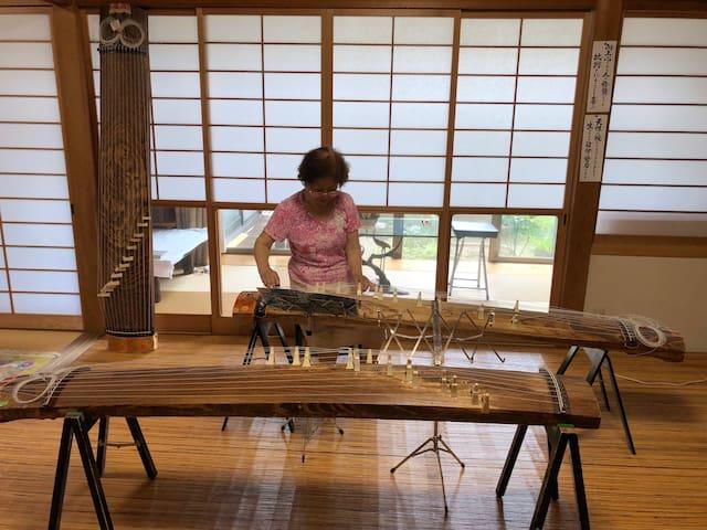 Japanese musical instrument KOTO teacher's house
