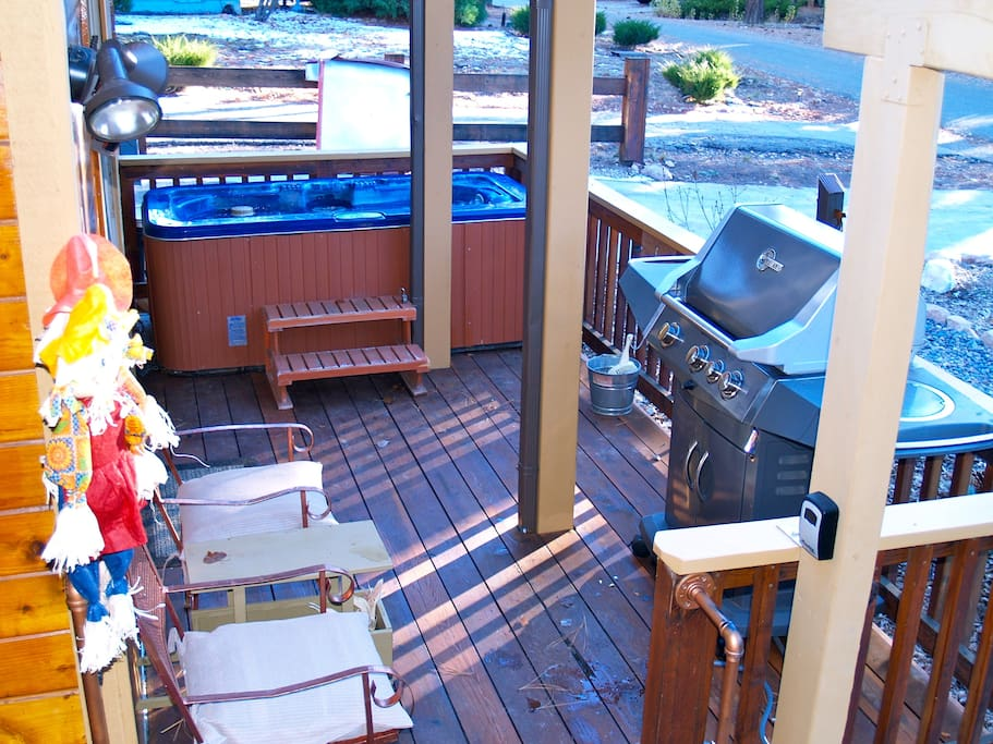 Set the spa to your desired temp while you grill or just relax on the deck with a drink or a book.