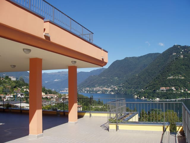 Breathtaking penthouse with s/pool - Como - Apartment