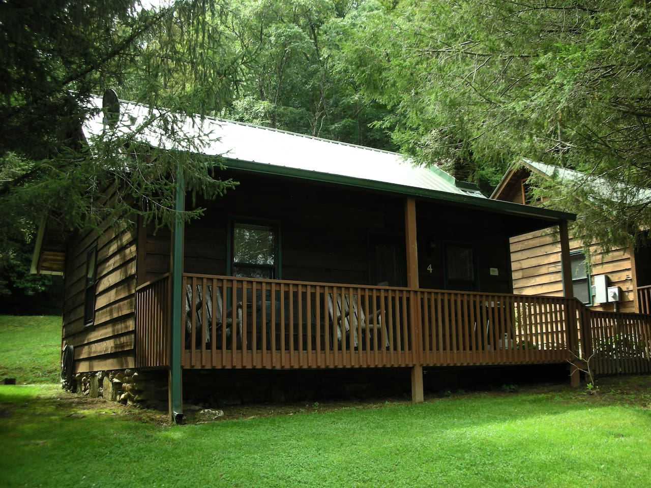 Bear Cave is our cozy 2 bedroom cabin end unit. Located at Valley Springs Lodging.
