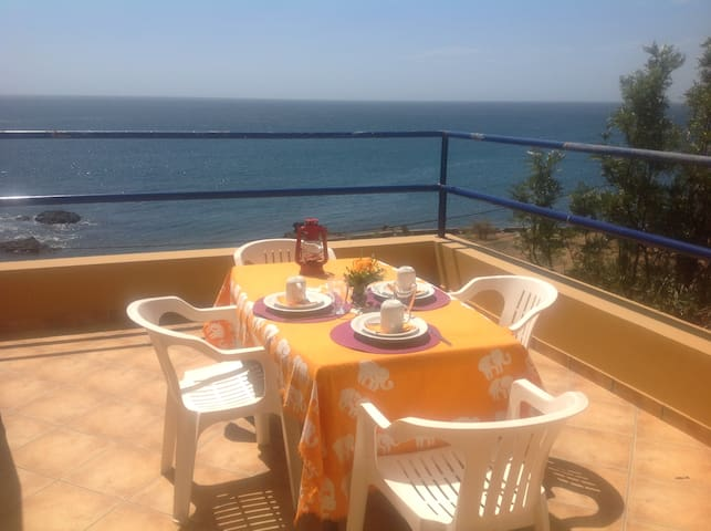 XXL Apt ♥ Gorgeous 180º Ocean View: SEA LA VIE!