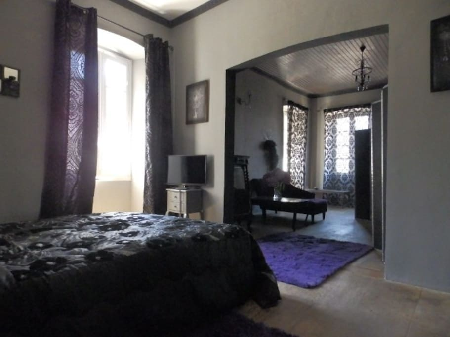 chambre boudoir guesthouses for rent in castello di rostino corsica france. Black Bedroom Furniture Sets. Home Design Ideas