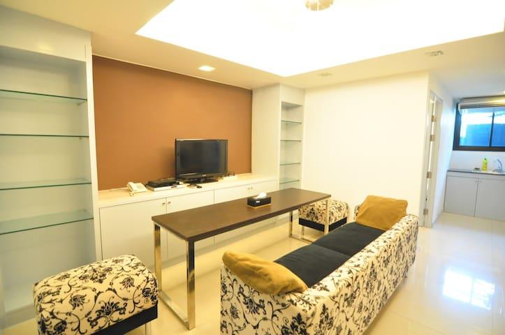 2 Bedroom LH @ Sukhumvit 22 (3Pax) - Bangkok - Appartamento