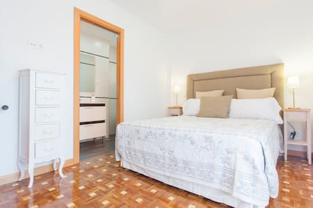 Great renew apartment for vacations - Madrid