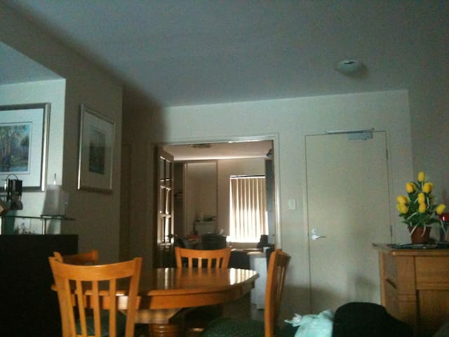 2 Rooms available - Rivervale - Flat
