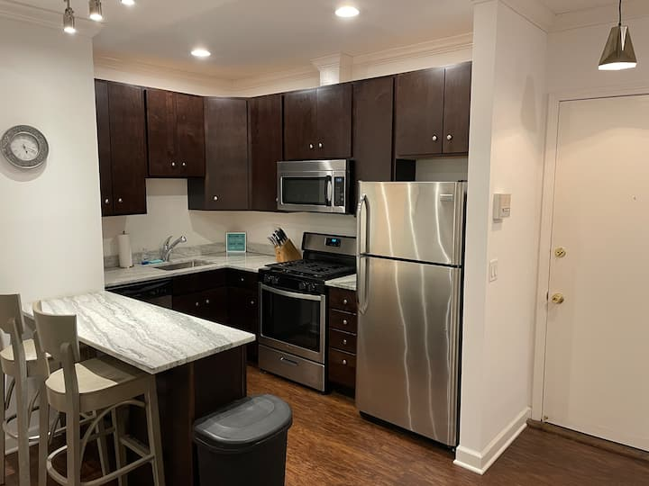 Recently renovated 1 bedroom in the best location!