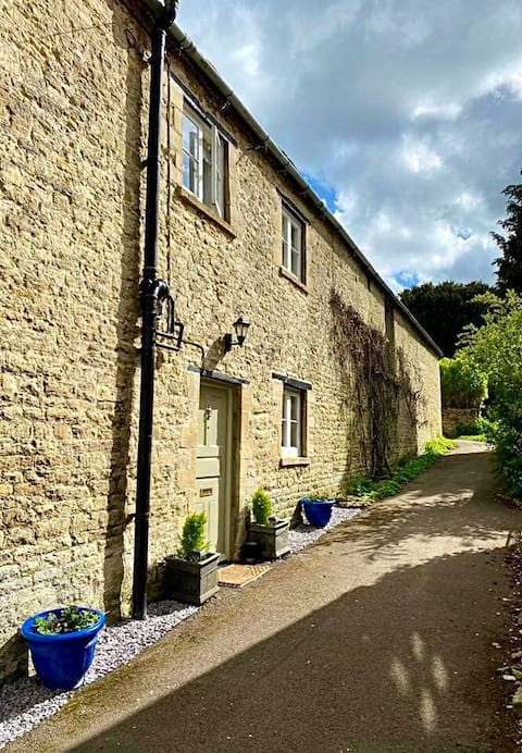 Antelope Cottage, Northleach