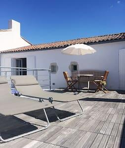 Suite avec terrasse privative, Ars - Ars-en-Ré - บ้าน