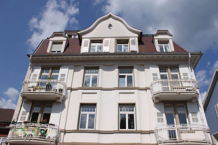 Wohnung in Jugendstilvilla in Baden Baden